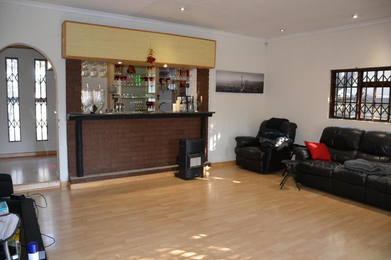 Property For Sale in Highway Gardens, Germiston 7