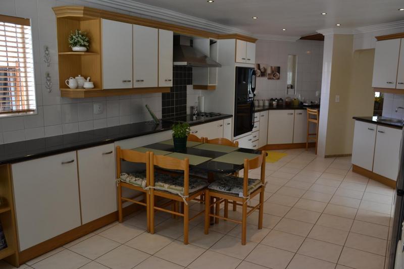 Property For Sale in Eden Glen, Edenvale 11