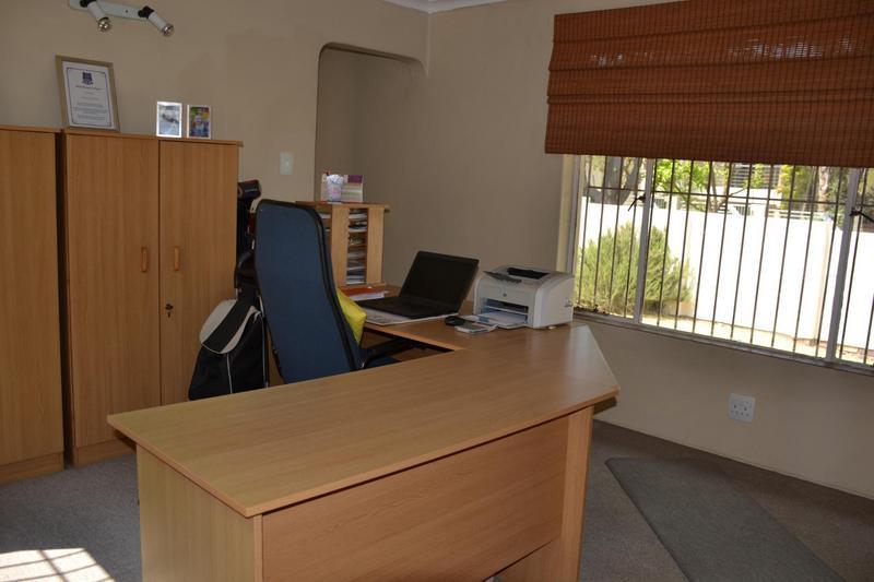 Property For Sale in Eden Glen, Edenvale 12