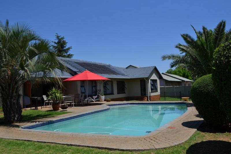 Property For Sale in Highway Gardens, Germiston 7