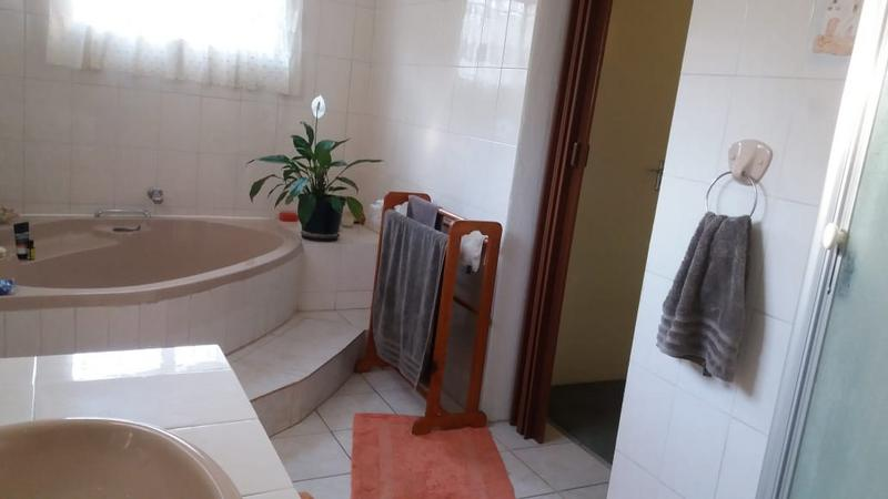 Property For Sale in Hurlyvale, Edenvale 15